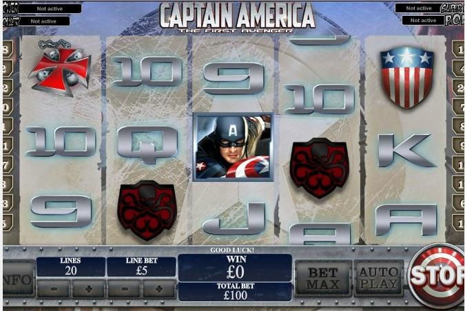 Captain America jugando